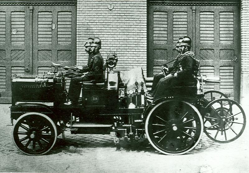 A világ első gyakorlatban bevált gépjárműfecskendője