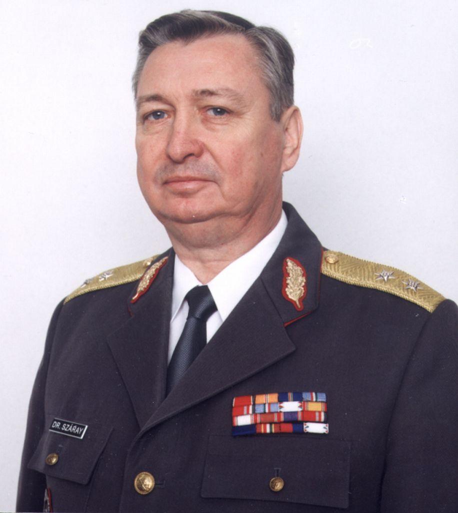 dr. Száray Zoltán