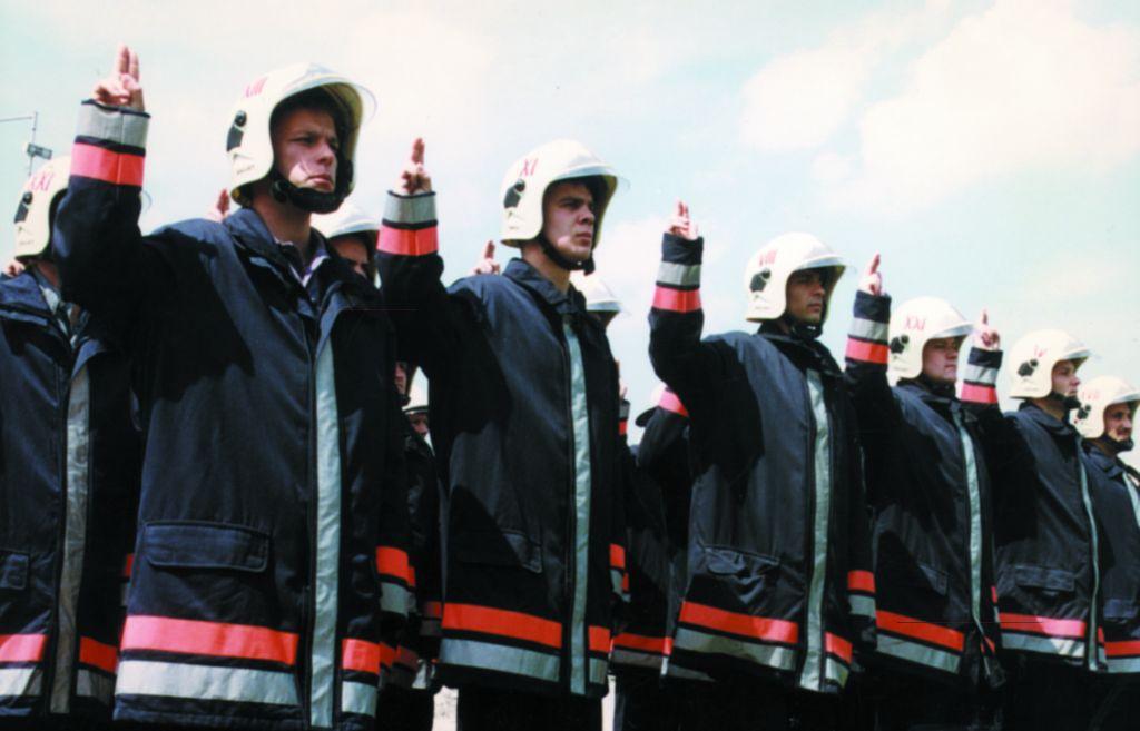 Újonc tűzoltók  Szent Flórián napi eskütétele
