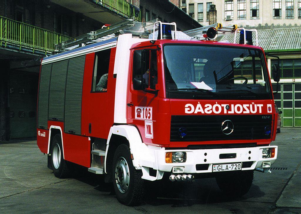 Mercedes-Rosenbauer 2000 tip.tűzoltógépjármű
