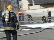 Gázpalack-tűz oltása